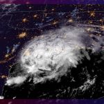 'Nocholas' se degrada a tormenta tropical al tocar tierra en Texas