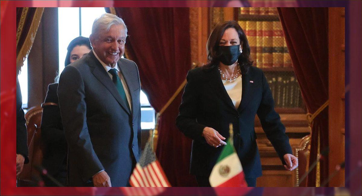 El presidente López Obrador y la vicepresidente de EU, Kamala Harris, durante su visita a México