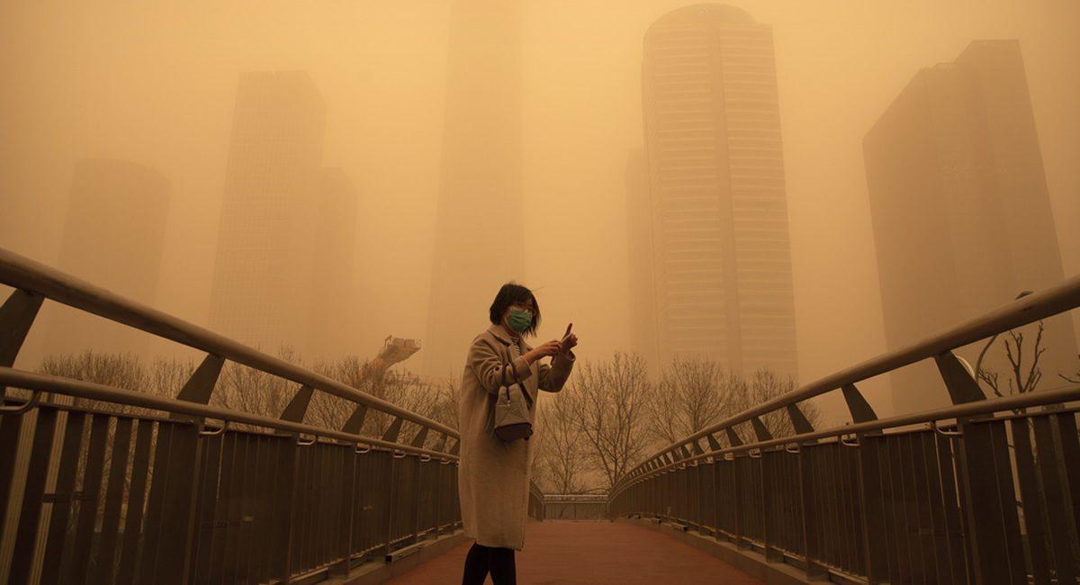 Tormenta de arena en China