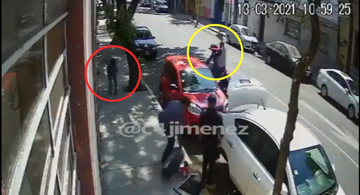 Un hombre logró esquivar las balas de dos sujetos en moto en las calles de la Ciudad de México