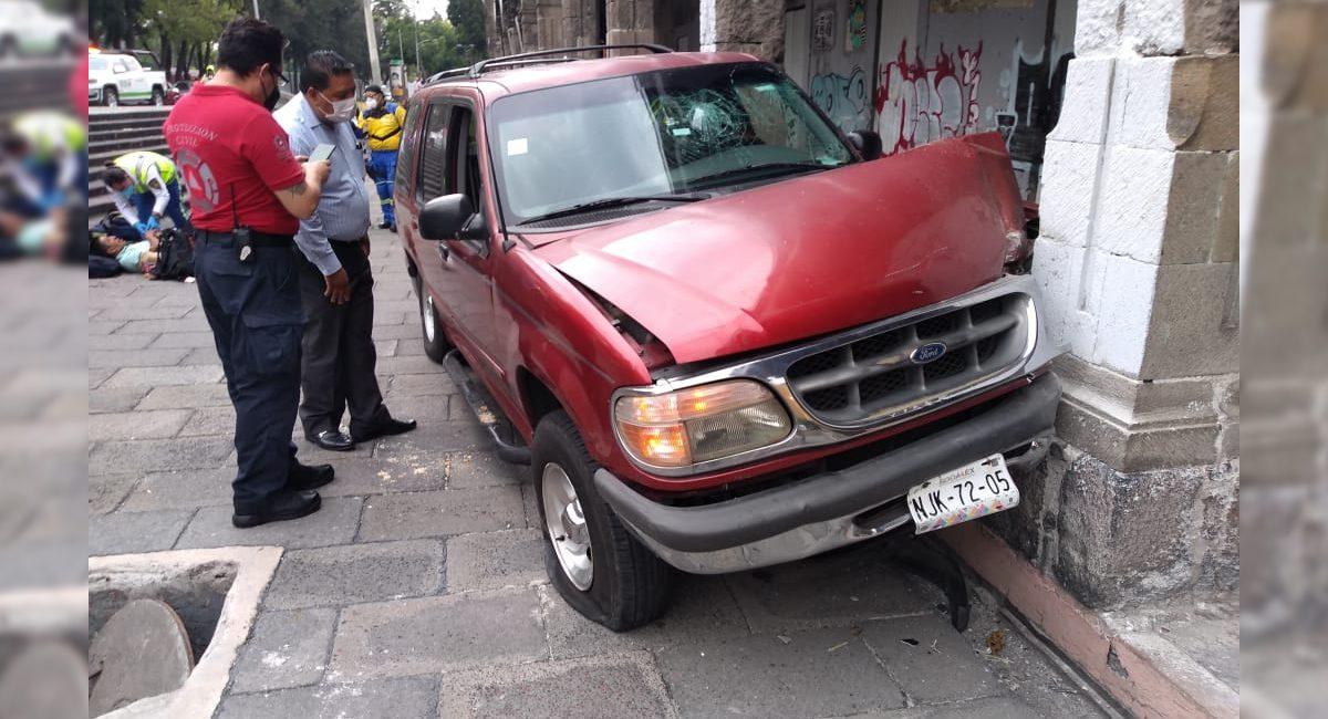 camioneta atropella