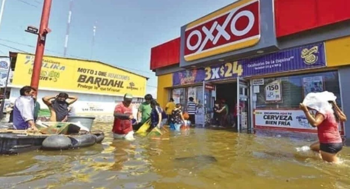 oxxo saqueo inundacion
