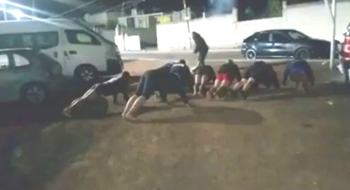 policias en calzones - tlaxcala
