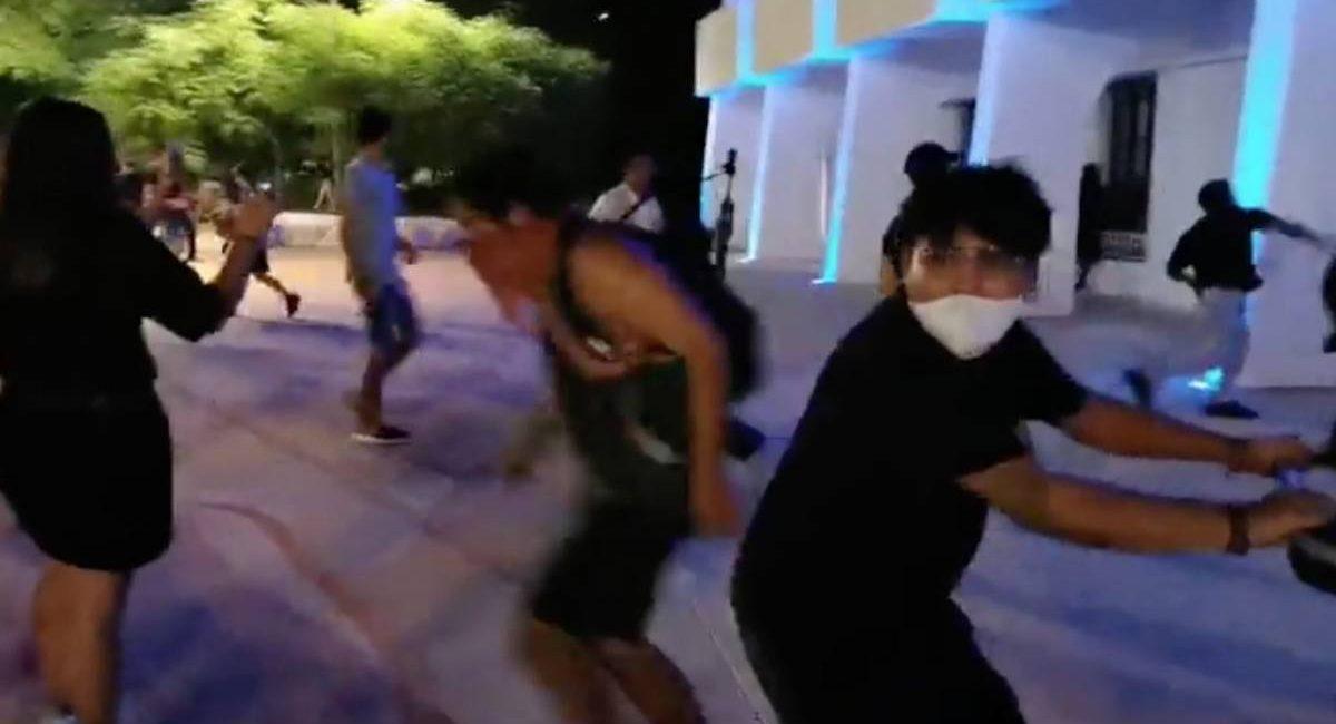 represion cancun 2