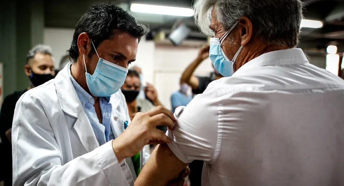vacunacion medicos eu