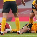 Raúl Jimenez sufre fractura de cráneo por choque con David Luiz